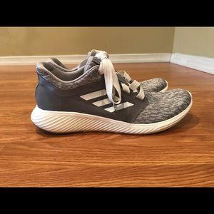 Women's Adidas Edge Lux 3. Size 9 - grey/white